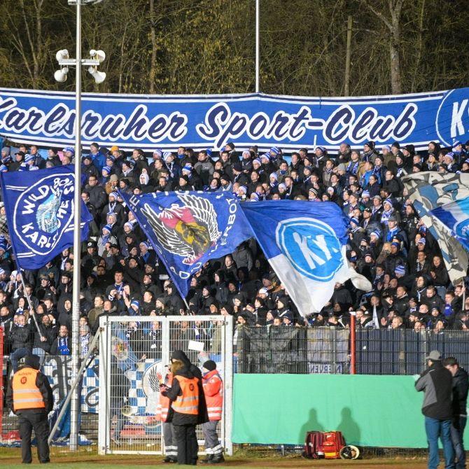 Karlsruhe kassiert Heimniederlage gegen HSV (Foto)