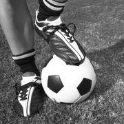 Todes-Schock! Fußballtrainer stirbt mit nur 21 Jahren an Covid-19 (Foto)