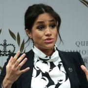 Macht Herzogin Meghan DAMIT die Briten-Royals lächerlich? (Foto)