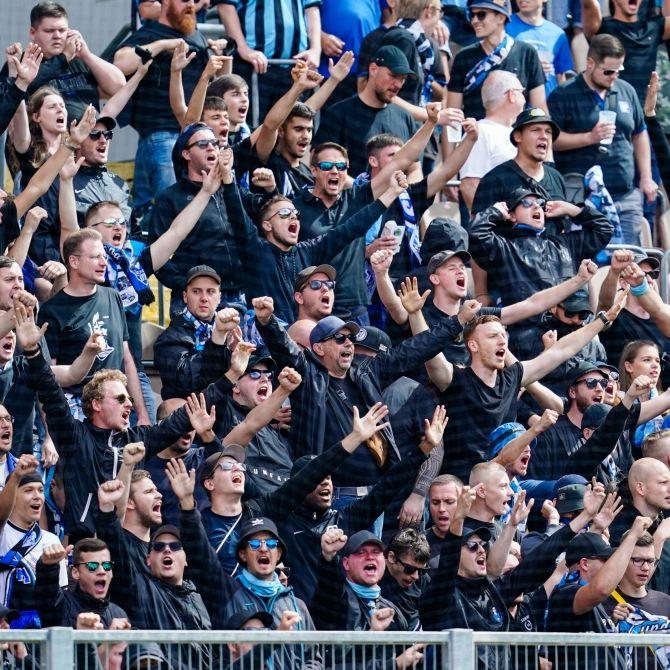 Das hatte sich Mannheim anders vorgestellt: 0 : 2 gegen Lautern (Foto)