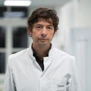 Im Kampf gegen das Coronavirus wurde ER zum Held (Foto)