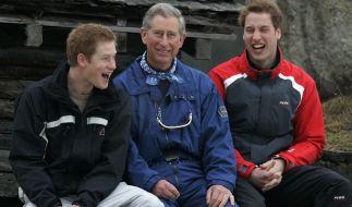 Prinz Charles mit seinen Söhnen Prinz Harry und Prinz William. (Foto)