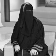 Krebs-Drama! Bekannte Schweizer Muslimin mit 35 Jahren gestorben (Foto)