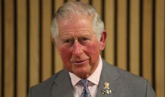 Prinz Charles steht die Coronavirus-Infektion auf seine eigene Weise aus. (Foto)