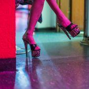 Trotz Covid-19! Prostituierte machen Corona-Sutra in Quarantäne (Foto)
