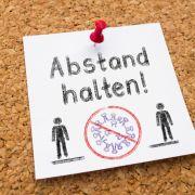 Werden die Corona-Maßnahmen und das Kontaktverbot in Deutschland bald gelockert? (Foto)
