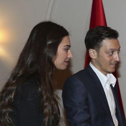 So tickt die sexy Ehefrau von Mesut Özil (Foto)
