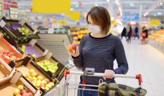 Das Coronavirus sorgt auch beim Einkaufen für Verunsicherung. (Foto)