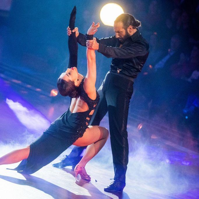 Pure Emotionen! Mit DIESEN Tänzen wirbelten die Promis übers Parkett (Foto)