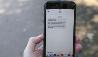 Verschwörungstheoretiker machen den Mobilfunkstandart G5 für das Coronavirus verantwortlich. (Foto)