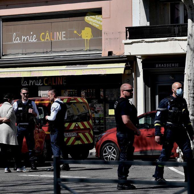 Mann sticht 2 Menschen tot! Staatsanwaltschaft ermittel wegen Terror-Mord (Foto)
