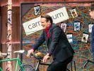 Ralf Dümmel beim Test von carryyygum. (Foto)