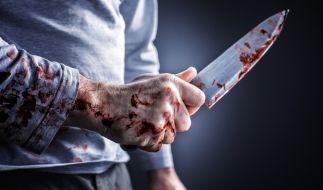 In Celle ist ein 15-Jähriger nach einer Messer-Attacke gestorben (Symbolbild). (Foto)
