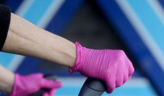 Experten raten davon ab, Einweghandschuhe im Supermarkt zu tragen. (Symbolfoto) (Foto)