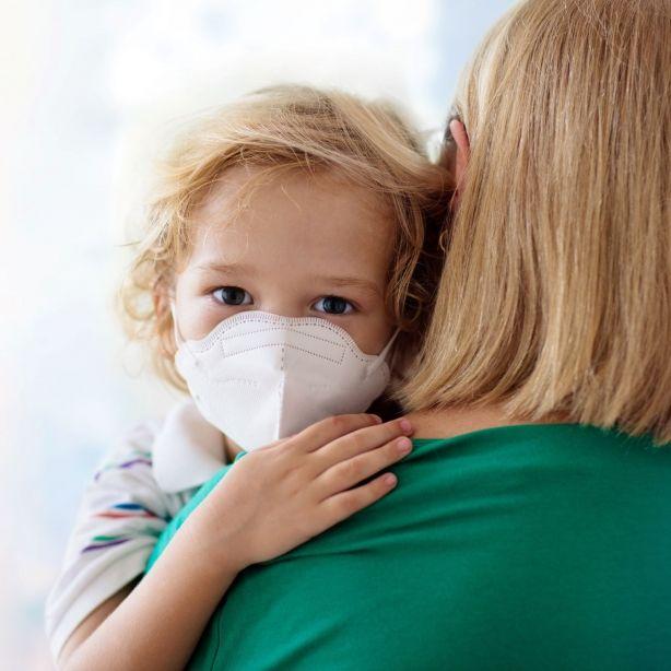 Familien-Drama! Mutter infiziert ihre 17 Kinder mit Covid-19 (Foto)