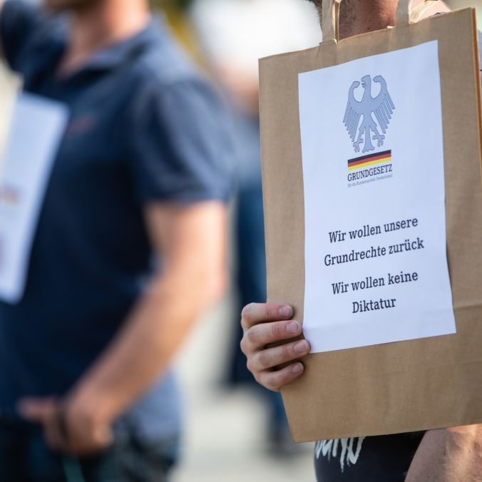 Bundesverfassungsgericht entscheidet: Corona-Regeln verletzen Grundrechte (Foto)