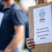 Corona-Lockdown verletzt Grundrechte / Sophia Thomalla vs. Jens Spahn / Gene Deitch gestorben (Foto)