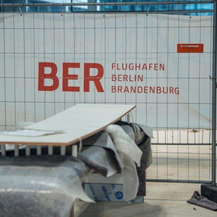 Pannen-Flughafen kündigt Eröffnung an - und Twitter flippt aus (Foto)