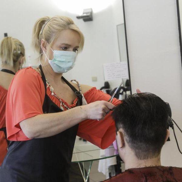 DIESE Regeln müssen Sie ab dem 4. Mai beim Friseur beachten (Foto)
