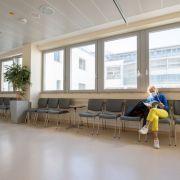 Leere Betten und OP-Säle! Chefarzt fordert Krankenhaus-Öffnungen (Foto)