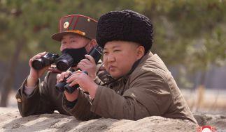Wurde der nordkoreanische Machthaber Kim Jong-un bei einem missglückten Raktentest verletzt? (Foto)