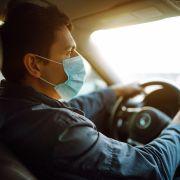 Mundschutz beim Autofahren? DIESE Strafen drohen laut StVO (Foto)