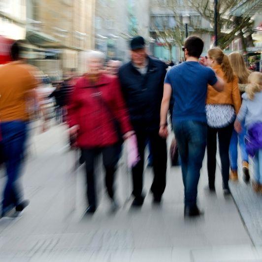Einkauf mit Anmeldung! Brauchen wir jetzt Tickets zum Shopping? (Foto)