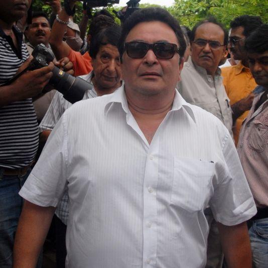 Fans unter Schock! Bollywood-Star mit 67 Jahren gestorben (Foto)