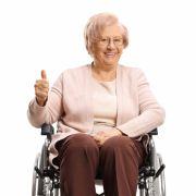 Oma (100) mit Vorerkrankungen besiegt Covid-19 (Foto)