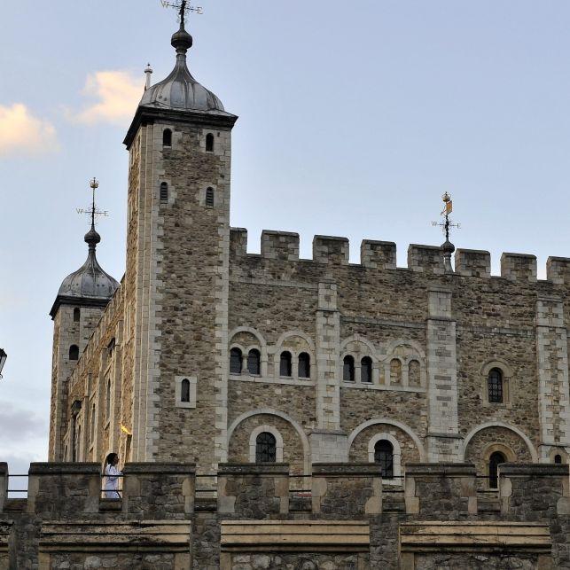 Prinzen ermordet, Königstod im Bordell - was steckt dahinter? (Foto)