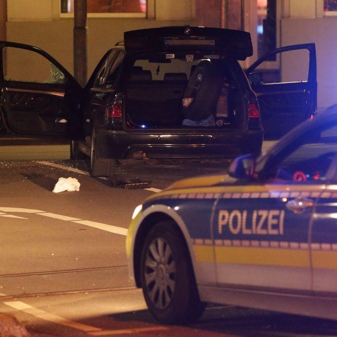 Mann (36) schießt auf Polizisten - zwei Menschen schwer verletzt (Foto)