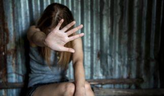 Eine 31-Jährige wurde von drei Männern vergewaltigt. (Foto)