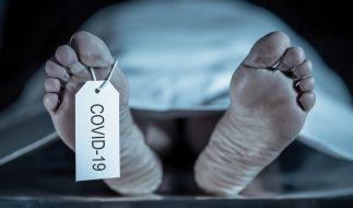 Um mehr über das neuartige Coronavirus zu erfahren, müssen die Covid-19-Opfer obduziert werden. (Symbolbild) (Foto)