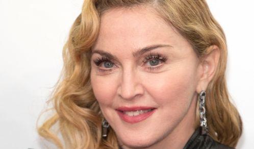 Madonna fast nackt