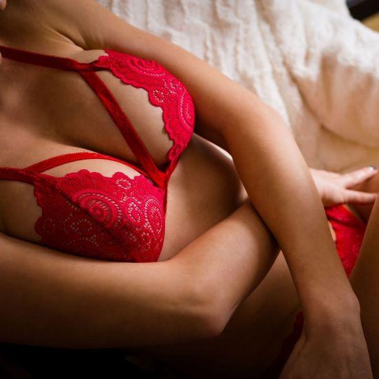 Erotisch in Rot! DIESER Dessous-Kracher ist unwiderstehlich (Foto)