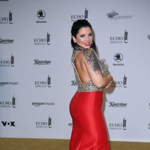 Sexy Bikini-Kracher! Doch DIESE Photoshop-Panne erntet Spott (Foto)