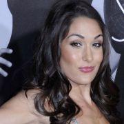 Nackt und schwanger! So freizügig zeigt sich der Wrestling-Star im Netz (Foto)