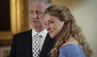 Prinzessin Elisabeth von Belgien, hier mit ihrem Vater König Philippe, feierte im Oktober 2019 ihren 18. Geburtstag. (Foto)
