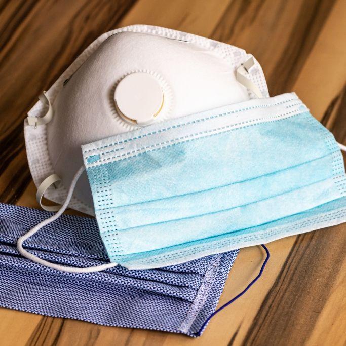 Gesundheitsbehörde warnt! Infektionsrisiko durch DIESE FFP2-Masken (Foto)
