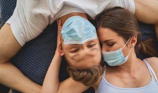 Gehört die Gesichtsmaske bald auch in unser Schlafzimmer? (Symbolbild) (Foto)