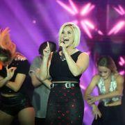 Mega-Comeback! DAMIT überrascht die Schlager-Blondine ihre Fans (Foto)