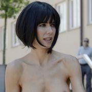 Goldene Aussichten! HIER genießt sie komplett nackt ihre Freiheit (Foto)
