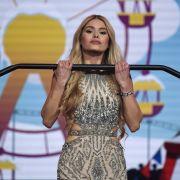 """""""Hilfe!"""" DIESES Kleid bringt ihre Fans um den Verstand (Foto)"""