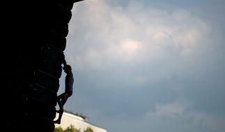 Die französische Kletter-Hoffnung Luce Douady ist im Alter von nur 16 Jahren tödlich verunglückt (Symbolbild). (Foto)