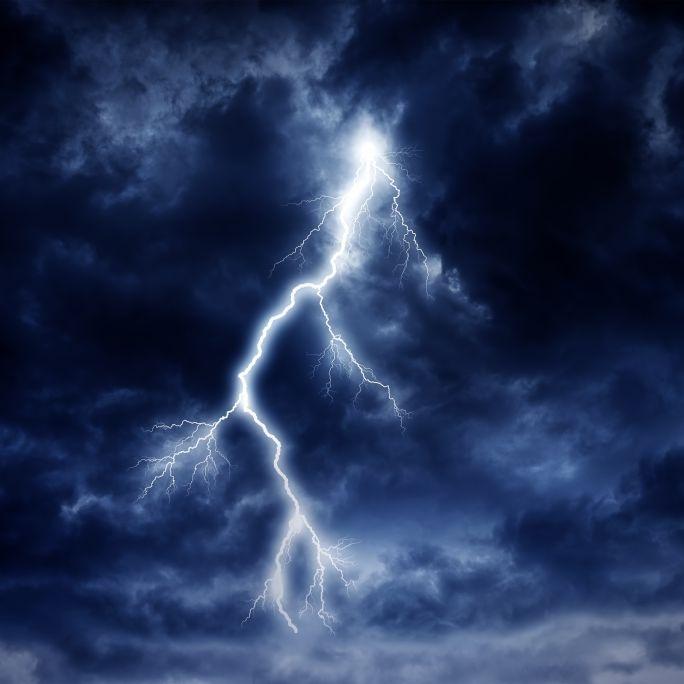 Gewitter-Horror! Wetter-Experten warnen vor Dauerregen (Foto)
