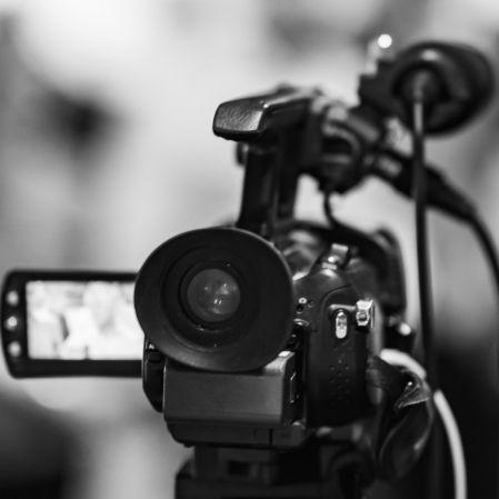 Todes-Schock! Kult-Reporter stirbt mit 69 (Foto)
