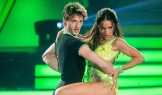 """Tanzten sich ins Finale von """"Let's Dance"""" 2020: Kletter-Star Moritz Hans und Profitänzerin Renata Lusin. (Foto)"""