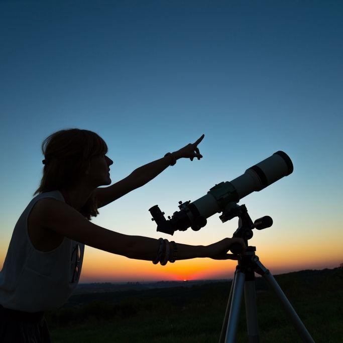 Planeten-Finsternis begeistert als Astro-Spektakel am Freitag (Foto)