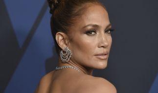 Jennifer Lopez spannt ihre Fans auf die Folter. (Foto)