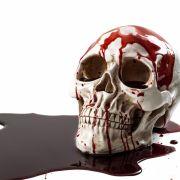 Mörder spielt Bowling mit Leichenschädel, Mädchen vergewaltigt und erwürgt (Foto)